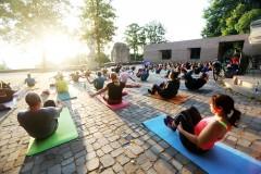 Yoga auf der Sparrenburg Bielefeld